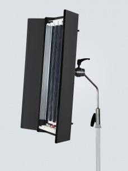 Диммируемый осветительный прибор для видео RDL600U