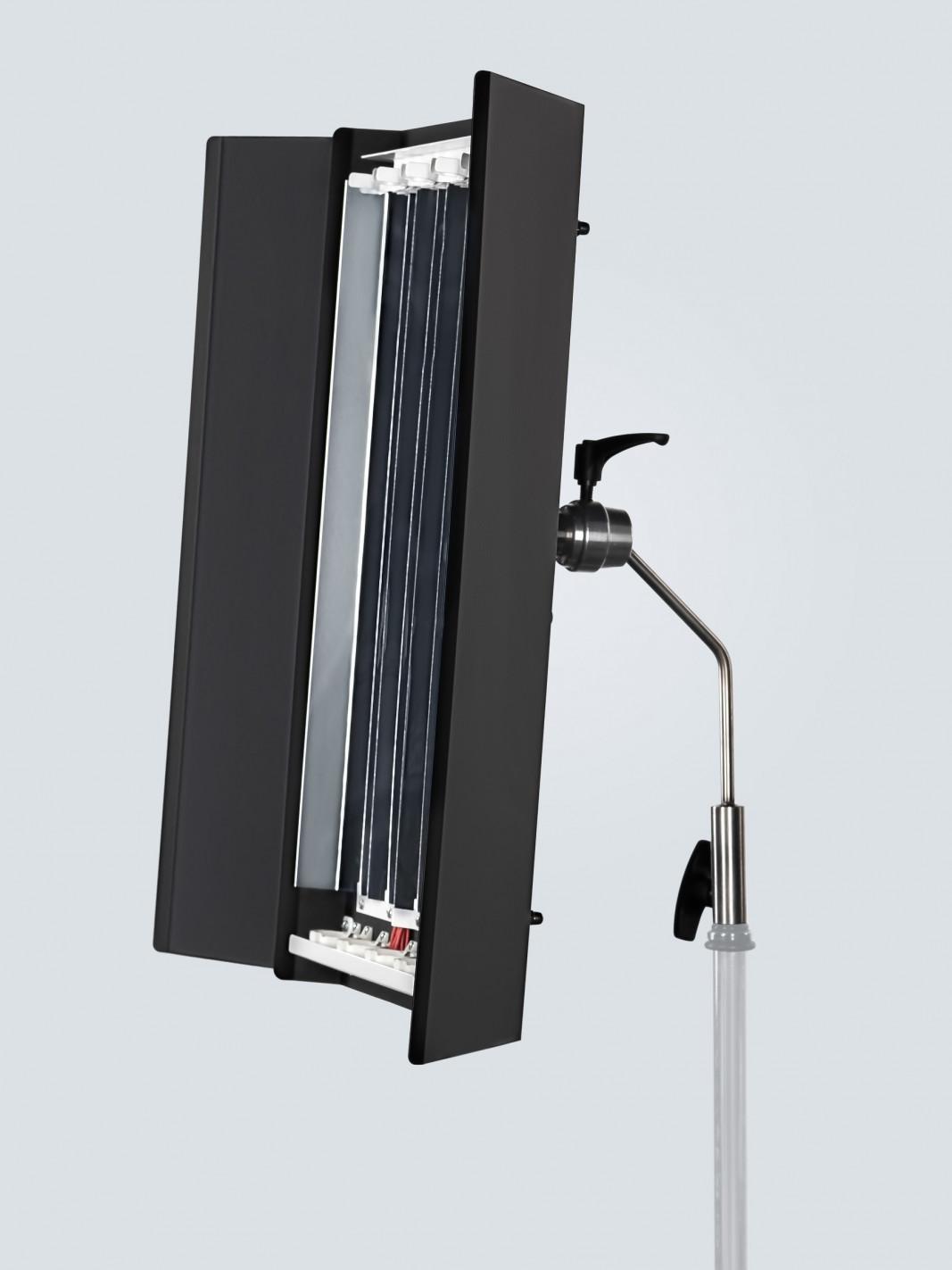 Dimmable fluorescent light RDL600U